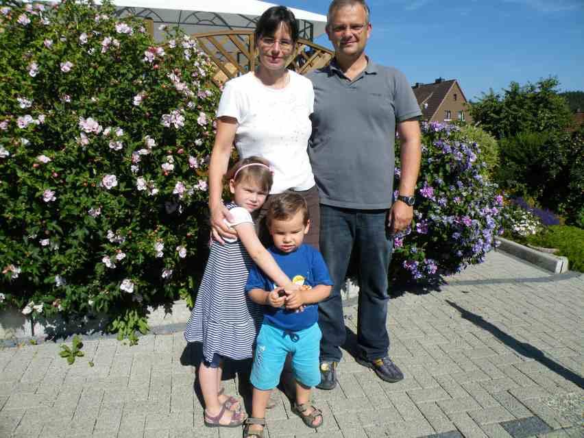 Familie L. aus Bensheim macht Zwischenstation auf der Heimreise