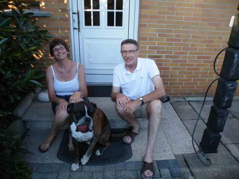 Familie van A. aus NL mit unserem Haushund