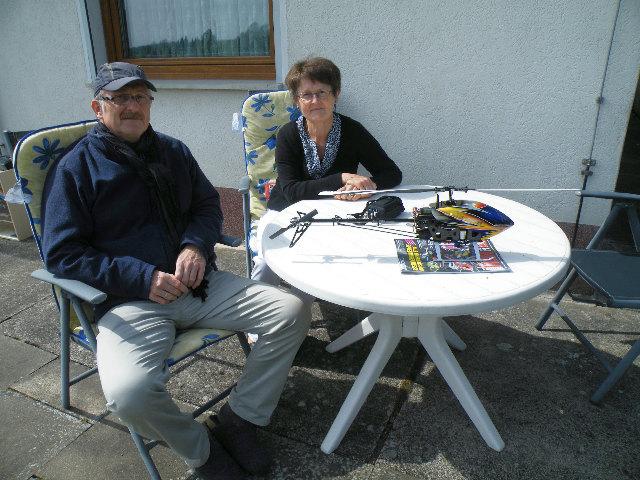 Familie M. aus Weil am Rhein zur erfolgreichen Schulung für Modellhubschrauberflug im Harz zu Gast
